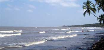 Marve Manori Gorai Beach,Manori Beach,Gorai Beach Maharashtra, resort, hotels tours, vacation, holidays, Gorai Beach travelers and are famous for all night beach parties